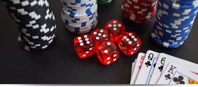 13.5g poker chips set