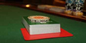 How to Become a Good Poker Dealer