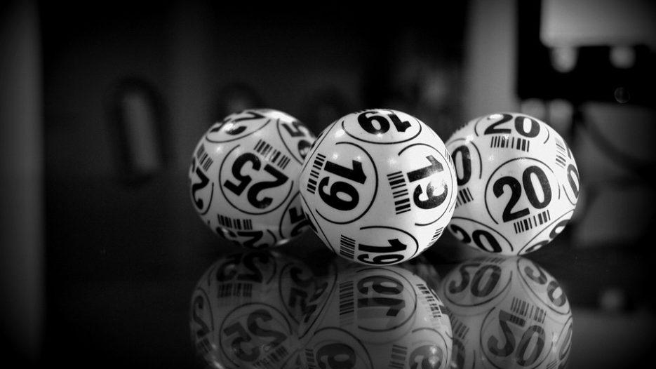 Online Bingo vs Traditional Bingo Halls