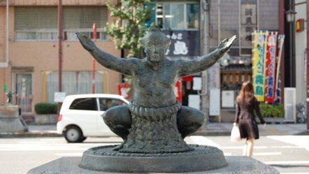 Famous Sumo Wrestlers in Japan